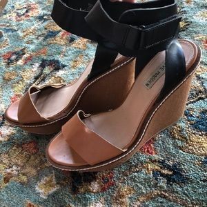 Steve Madden Two-tone Wedges